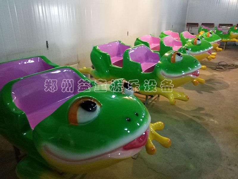 游乐设备专用汽车烤漆展示